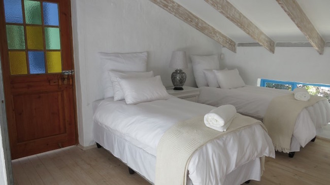Nocellara Del Belice - self-catering Beach Villa at Kleinemonde